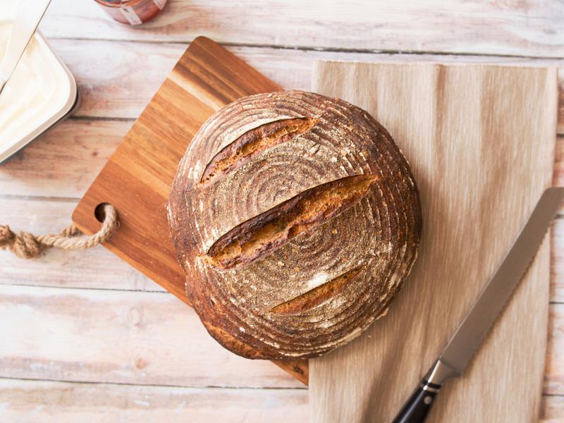 Dva okrúhle ražné chleby