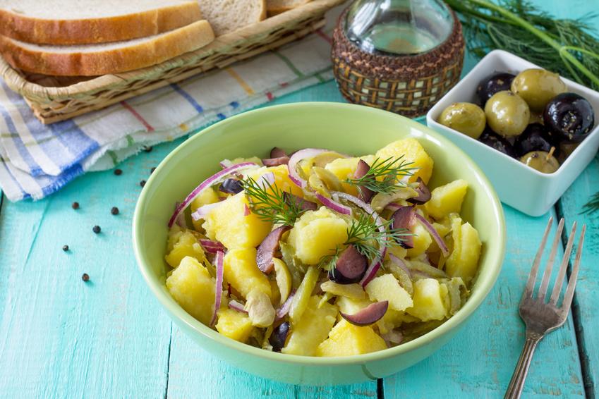 Zemiakový šalát s olivami