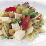 Cícerový šalát s čerstvou zeleninou