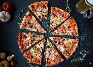 Tuniaková pizza