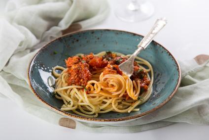 Chrumkavé špagety s tuniakom