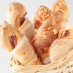 Cibuľové chlebové tyčinky