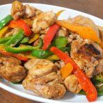 Kuracie mäso s paprikou a klíčkami