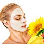 Slnečnicová maska lieči akné
