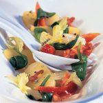Teplý zemiakový šalát so zelerom a špenátom