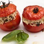 Plnené paradajky s ryžou a mäsom