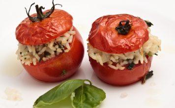 Plnené paradajky s ryžou