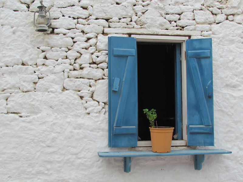 Korfu, modre okno