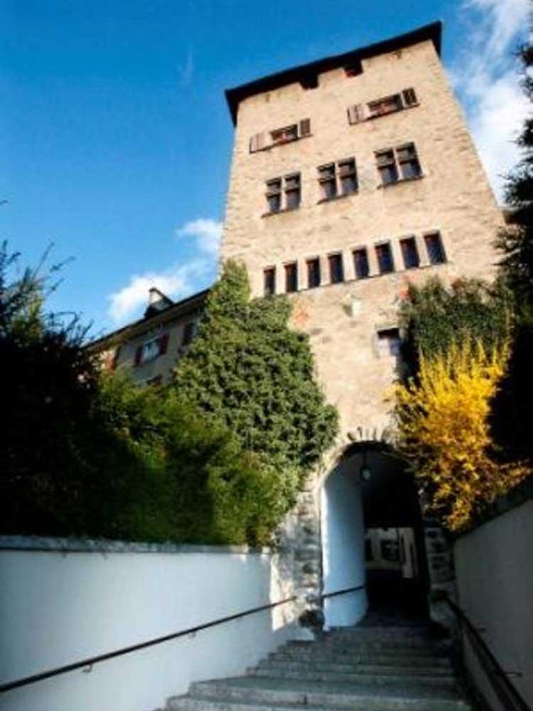 Chur, Hofsteig a Hofturm Chur © Chur Tourismus Nicola Pitaro