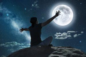 Mesiac a jeho vplyv