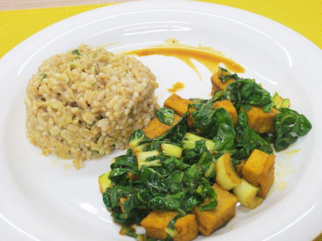Tofu s mangoldom a ovsom