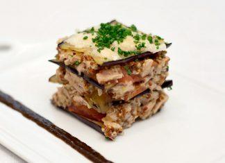 Lasagne z baklažánu a tuniaka