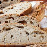 Domáci chlieb bez miesenia