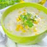 RAW kukuričná polievka s kešu orechami