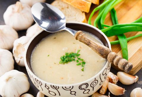 polievočka z cesnaku