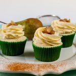 Hruškové koreninové cupcakes
