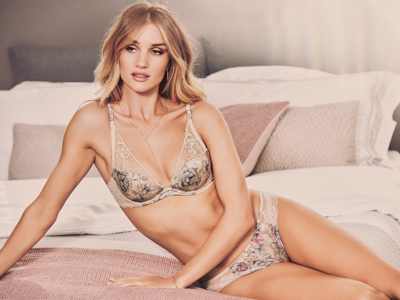 marks-and-spencer-27325_SHOT1_073_EXT_H - Rosie