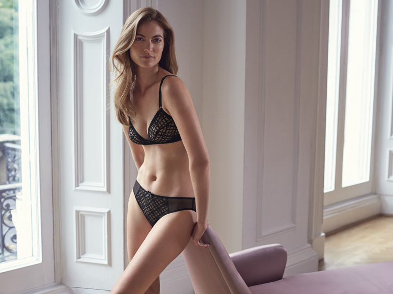 marks-and-spencer-27885_SHOT15_002 - Non wired Trellis Bra