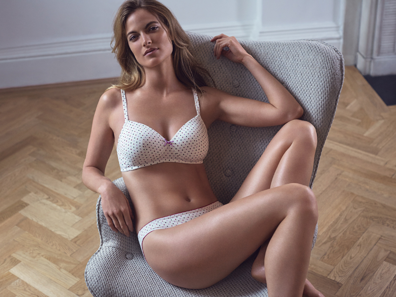 marks-and-spencer-27885_SHOT7_016 - Non wired Spot T-shirt Bra