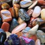 Kúzelné rady babky ježibabky o čarovných kameňoch
