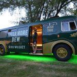 Degustujte whisky v štýlovo upravenom autobuse