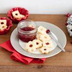 Linecké koláčiky s čerešňovou marmeládou