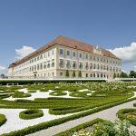 Impozantný zámok Schloss Hof – miesto na dokonalý sviatočný výlet