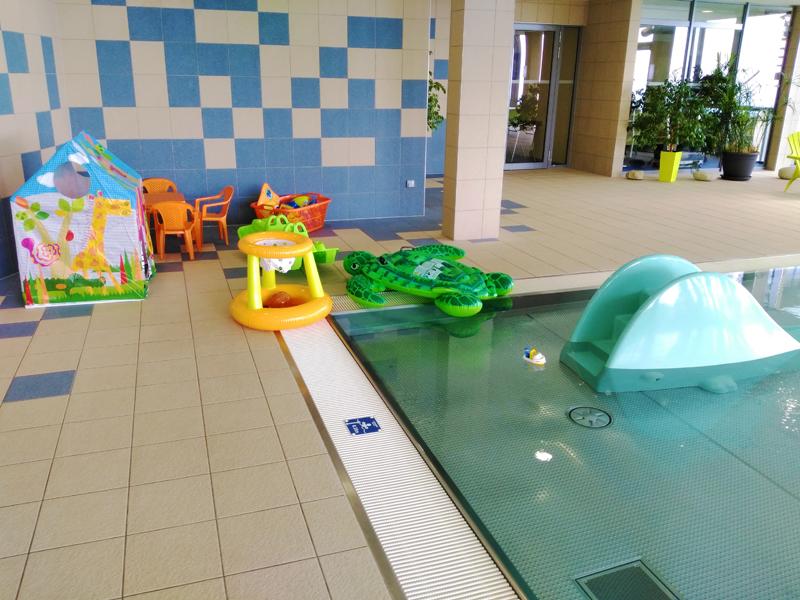 800_detsky-bazen