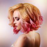 žena farebné vlasy