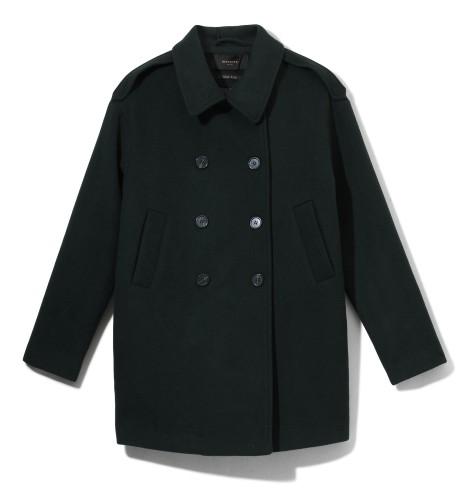 čierny kabát