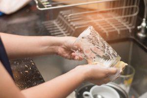 tekutý čistič na riad