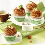 Nugátové muffiny snugátovým topingom