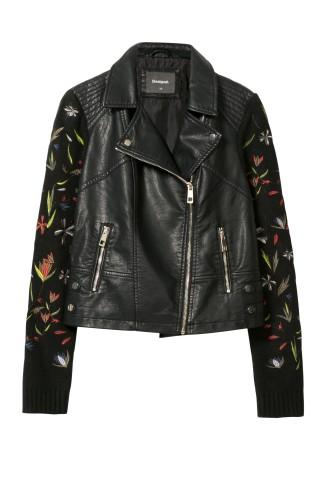 čierna bunda s výšivkou