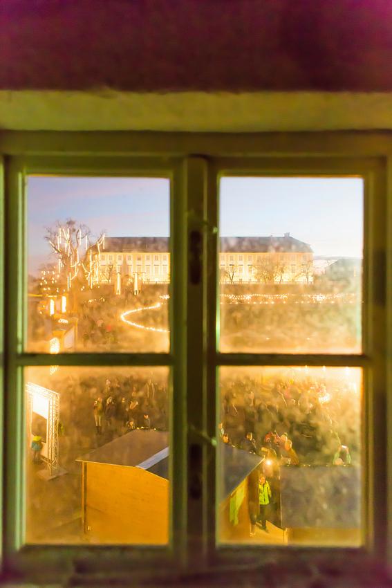 850_Schloss-Fensterblick-(c)-Astrid-Knie