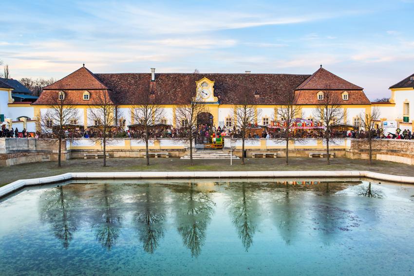 850_Schloss-Hof-Wasserspiegelung-(c)-Astrid-Knie