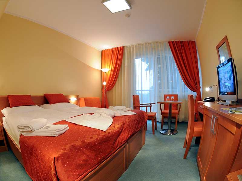 Hotel-SOREA-REGIA-izba