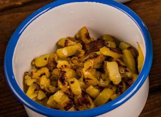 zemiaky scibuľou