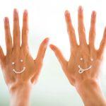 Jemné ruky s vôňou fialiek