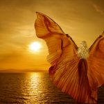žena s krídlami
