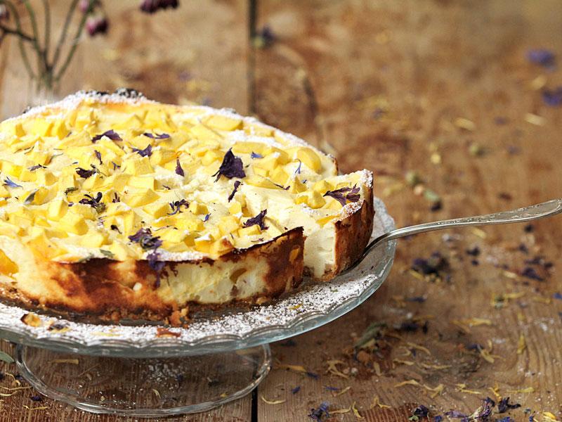 Mangovo-tvarohová torta