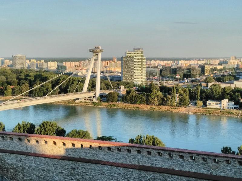 Bratislava Dunaj a most SNP