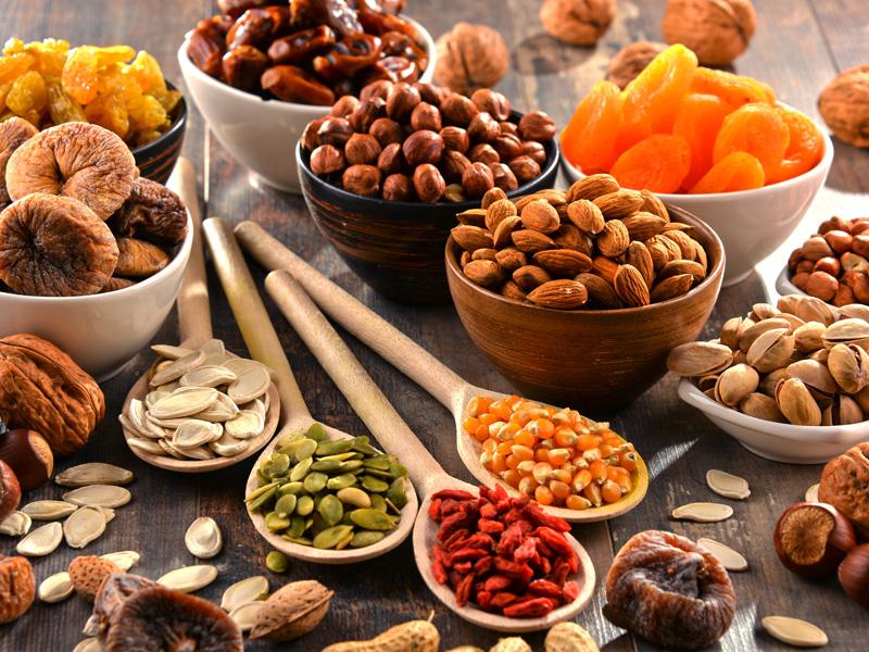 orechy a ovocie