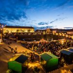 Čarovné vianočné trhy na zámku Schloss Hof