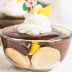 Nepečený rýchly dezert s mangom a čokoládovým krémom
