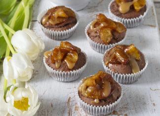 Muffiny s glazúrovanými jablkami