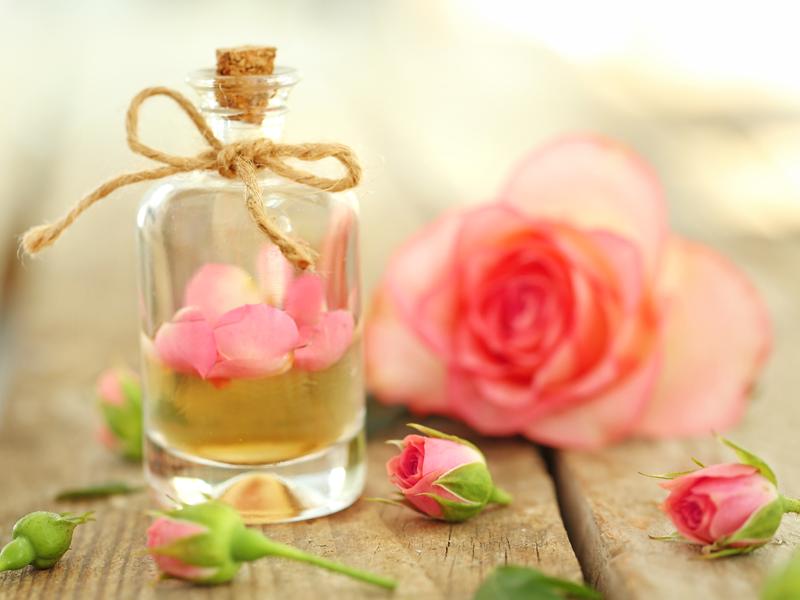Telový púder s vôňou ruží