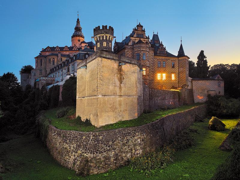 zámky a hrady