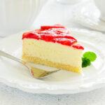 Jahodový koláč s vanilkovým krémom