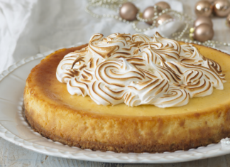 Citrónový cheesecake s pusinkami