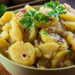 Kyslý zemiakový šalát